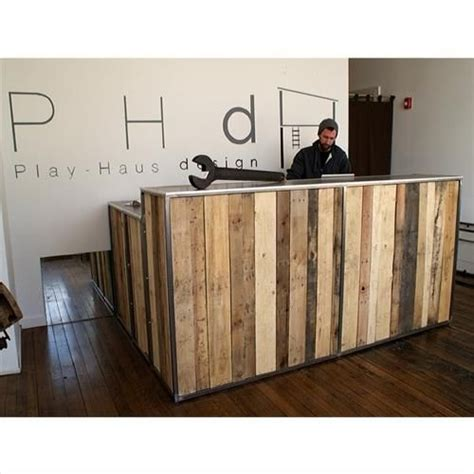 Amazing Reception Desks 13 Amazing Wood Pallet Reception Desk Pallet Furniture Designs Reception Desks And Wood Pallets