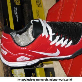 Sepatu Futsal Nike Warna Merah futsal is my sepatu futsal nike terbaru