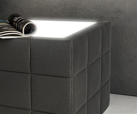 nachttisch led beleuchtung nachttisch nuncia 41x41cm schwarz beleuchtung steppnaht