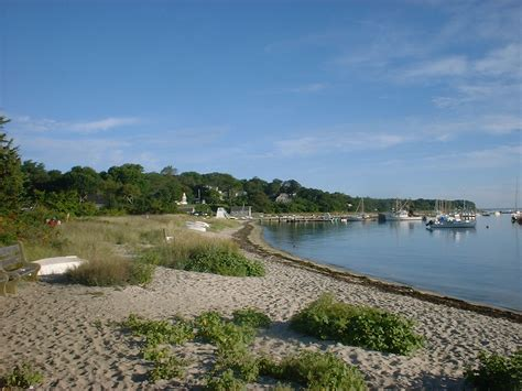 black marthas vineyard which of martha s vineyard s towns is best for me martha s vineyard