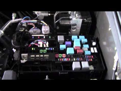 2014 Toyota Tundra Lights Not Working by 2012 Toyota Tundra Fuses And Relays How To By Brookdale