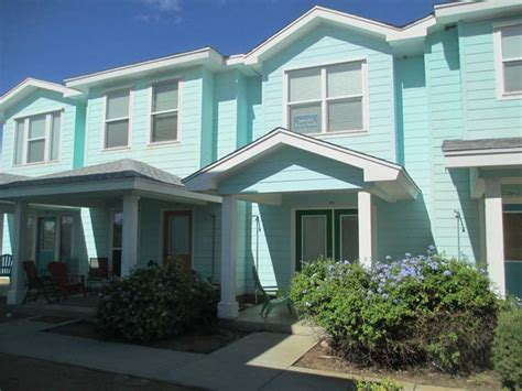 port aransas beach house rentals port aransas vacation rentals bron s port a stay enjoy a beach walk or dip in the pool