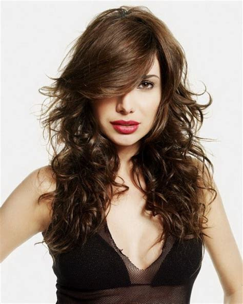 feather cut hairstyle for long hair hairstyles for long hair magazyn feathered haircuts for long hair