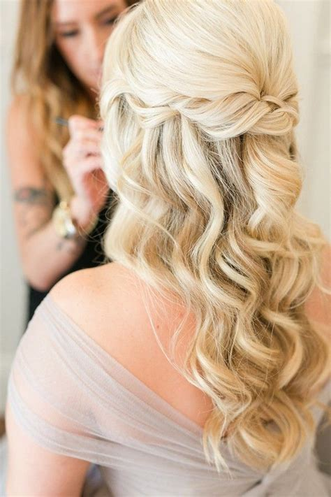 Half Up Half Wedding Hairstyles For Hair by Best 25 Wedding Dos Ideas On Bridal Hair