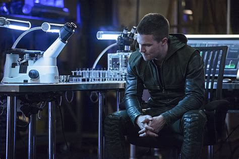 serial 15327 patriot 1 sezon stephen amell says two upcoming arrow episodes are the