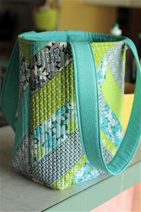 tutorial videos for quilting and tote bags jenny doan crafty gemini improv tote bag tutorial