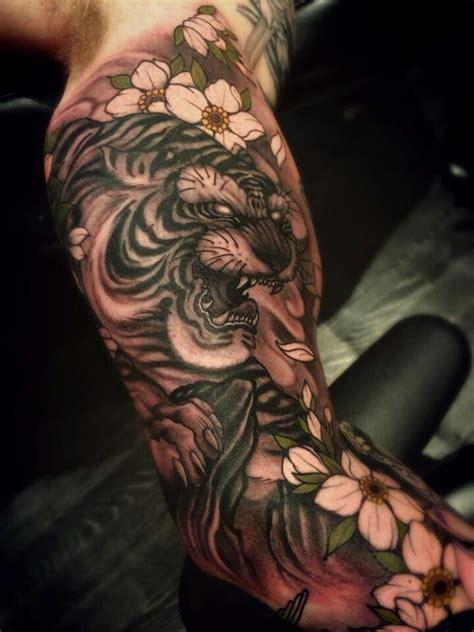 japanese animal tattoo ideas tiger tattoo japanese arm google haku japanese tattoos