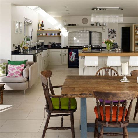 country style family kitchen with round table family best 25 farm style open plan kitchens ideas on pinterest
