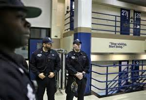 Nyc Correction Officer by Nyc Mayor Unveils Plan To Curb Violence At Rikers