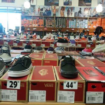 shoe city shoe city 15 photos shoe shops 1326 s blvd la