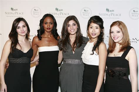 the gossip wiki file gossip girl cast at seeds of peace 2009 jpg