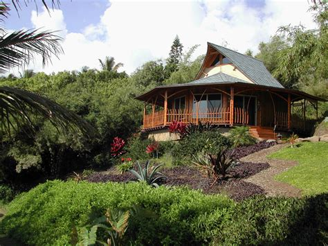 Bamboo Houses by Bambou Habitat Create The Eco Luxury Homes