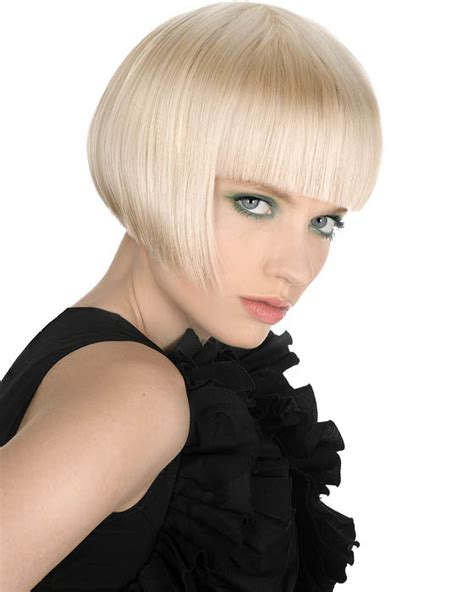 photo graduated blunt cut bob graduated bob blunt bangs the latest trends in women s