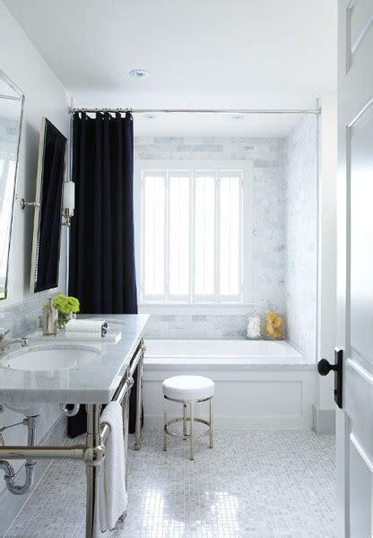 Window in shower 1