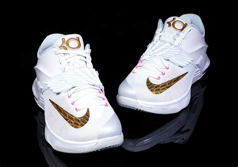 newest sneakers 2015 a detailed look at the nike kd 7 quot pearl
