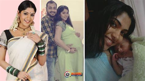thamirabarani heroine hot photos actress muktha family photos muktha bhanu husband baby