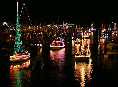 monterey parade of lights boats 10 things that should be on your christmas bucket list in