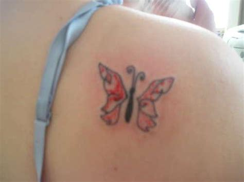 tribal tattoos shoulder blade tiny butterfly designs on shoulder for
