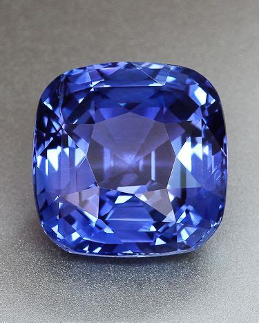 Blue Safhier Srilanka violet blue sapphire from sri lanka for the of