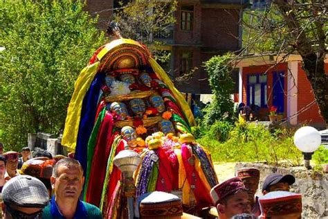 lavi festival rampur himachal pradesh india   festival packages hotels travelwhistle
