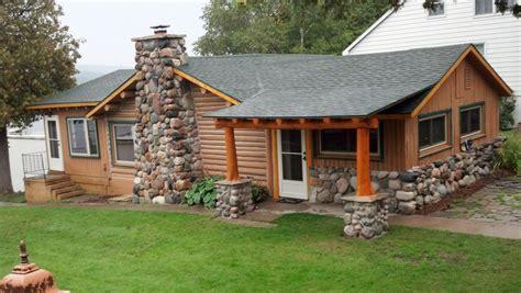 Log Cabins For Rent In Alabama by Lake Charlevoix Vintage Log Cabin Vrbo
