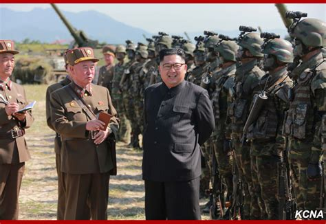 Terusan Korea Original Press 59 川普金正恩互嗆 俄國外長形容像幼稚園小孩吵架 全球 nownews今日新聞