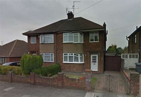 three bedroom house to rent in luton 3 bedroom semi detached house to rent in granby road leagrave luton lu4