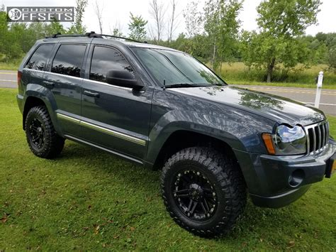 lifted jeep grand cherokee 2006 jeep grand cherokee tuff t01 skyjacker body lift 3in