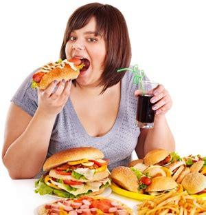 scorretta alimentazione cattiva alimentazione riduce fertilita fondazione dieta