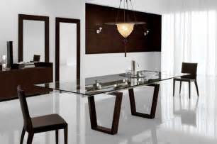 modern dining table at the galleria