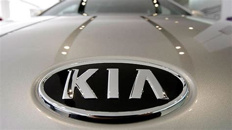Korean Kia Logo Kia To Unveil Electric Concept Car At Chicago Auto Show