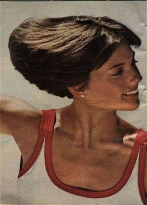 how to cut the dorothy hamill wedge haircut dorothy hamill wedge haircut my style pinterest