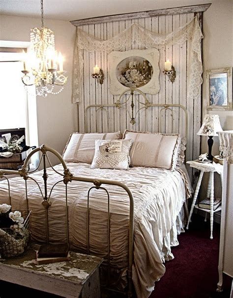 vintage inspired bedrooms 37 farmhouse bedroom design ideas that inspire digsdigs