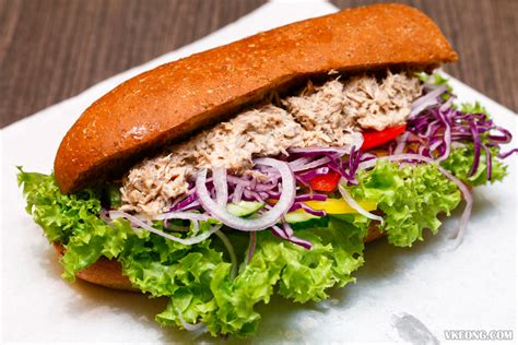 Tuna Mayo Pyramid Bread sandwich express now in sunway pyramid and klcc