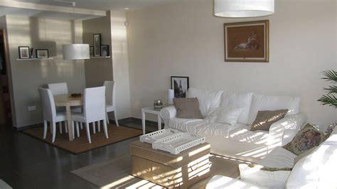 laras de techo para dormitorios minimalista - Iluminacion Baños Modernos