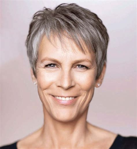 hair cut with a defined point in the back jamie lee curtis haircut back view jamie lee curtis