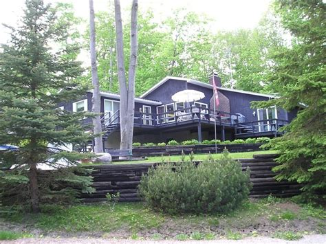 Awenda Cottage by Cathedral Hardwood Vrbo