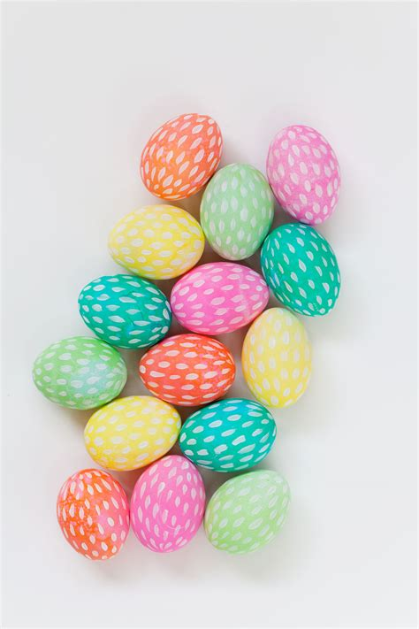 easter eggs brushstroke painted easter eggs tell love and party