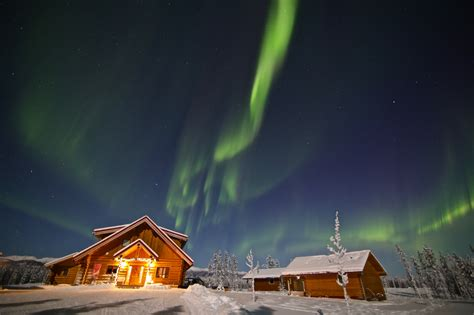 whitehorse yukon northern lights luxury bed breakfast accommodation log cabins northern