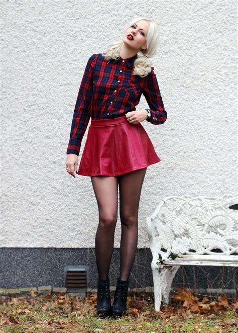 Lipstick With Burgundy Shirt sotzie q dresslink burgundy skirt dresslink lipstick second tartan shirt days with