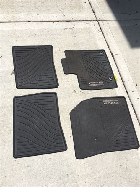 Mats For Sale by For Sale Oem Pip All Weather Mats Priuschat