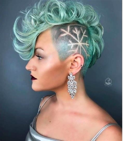 can women with a mahawk hair xut put weave in hair female mohawk hairstyles that ll really turn heads punk 101