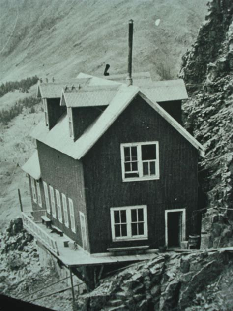 mine house a cliff hanging boarding house at silverton mine tour alpine paradise