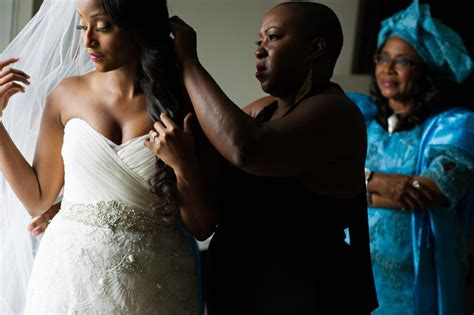 cnns isha sesay and leif coorlim wed access hollywoods quot it was magical quot cnn s isha sesay ties the knot with leif
