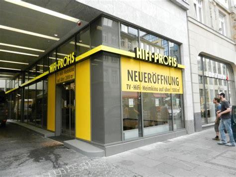 Aufkleber Drucken Lassen Darmstadt by Beschriftung Der Neuen Filiale Der Hifi Profis Fontfront