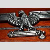 Spqr Eagle Standard | 500 x 334 jpeg 41kB