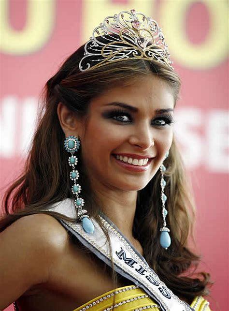 imagenes de las miss universo venezolanas la venezolana dayana mendoza coronada miss universo 2008