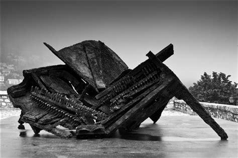 broken piano: dareksz: galleries: digital photography