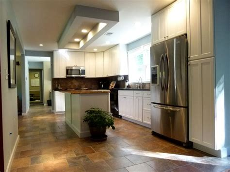 kitchen earth tones  tile floor tie  island top