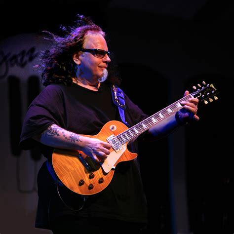 rip texan blues guitarist smokin joe kubek   noisecom